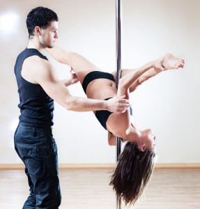how to pole dance