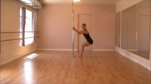 reverse body rolls for pole dancing