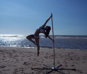 R pole dance strada stage with no mat outdoors